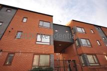 2 bed Flat to rent in North Sherwood Street...