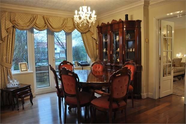 Reception Hall/Dining Room