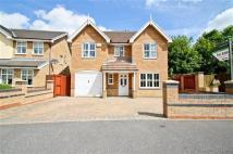Detached property in Crystal Close