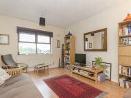 1 bedroom Flat in Railway Approach...