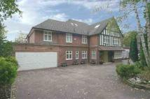 8 bedroom Detached home in Hampstead Lane, Kenwood...
