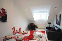 2 bedroom Apartment to rent in Ravenshurst Avenue...