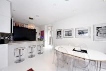 property to rent in Rotherwick Road, Hampstead Garden Suburb, London, NW11