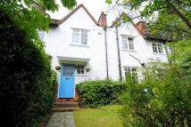 3 bed Cottage in Oakwood Road...