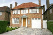 Detached home to rent in Linden Lea...