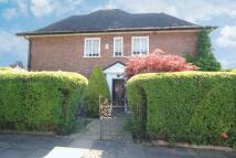 4 bed semi detached house in Brim Hill...