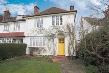 3 bed house in Temple Fortune Lane...