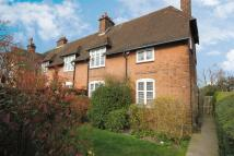 3 bedroom Cottage in Willifield Way...