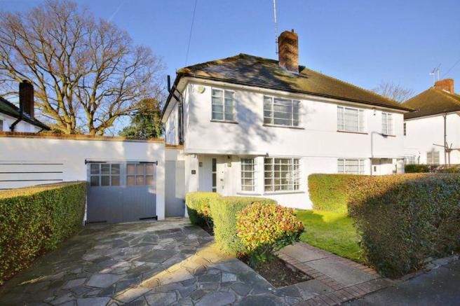 4 Bedroom Semi Detached House For Sale In Ludlow Way