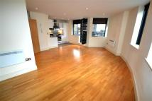 2 bedroom Flat to rent in 98-118 Southwark Bridge...