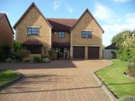 5 bedroom Detached home to rent in Shenley Church End