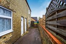2 bedroom house in Marriotts Yard, Ramsey...