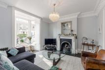3 bedroom Terraced property in Lavender Grove, Hackney...