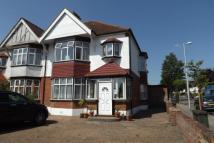 semi detached property for sale in Broadwalk, South Woodford