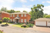 4 bed Detached house in Audleigh Place, Chigwell...