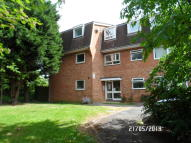 1 bed Flat for sale in Bawdsey Avenue, Ilford...