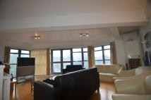 3 bedroom Apartment in St. James'S Road, London...