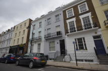 1 bedroom Flat to rent in GLOUCESTER AVENUE...