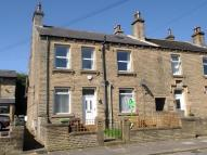 2 bed house in Stanley Road, Lindley...