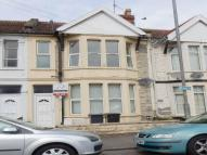 Flat to rent in Bloomfield Road...