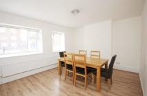 Ground Flat to rent in Fenstanton House, N4 3AT