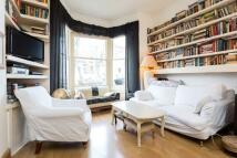 1 bedroom Ground Flat for sale in Hanley Road, London
