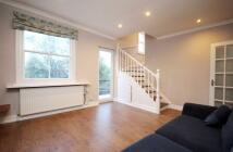 Flat to rent in Hanley Road...