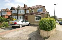 Apartment to rent in Wilmer Way, Barnet...