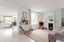 1 bedroom Flat in Sparsholt Road, London...