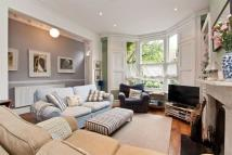 4 bedroom Terraced property for sale in Perth Road, London, N4