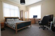 Maisonette to rent in Durham Road, Gateshead