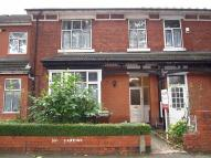 Ground Flat in Lonsdale Road...