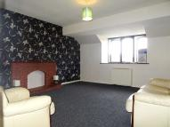 2 bedroom Flat to rent in Circuit Close, Willenhall