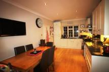 Detached property in The Ryde...