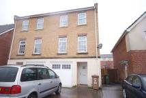 3 bed semi detached house in Small Meadow Court...