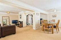 4 bed semi detached home for sale in Cowleaze Close...