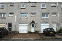 4 bed Town House in Douglas Crescent...