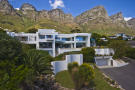 Detached Villa for sale in Western Cape, Cape Town...