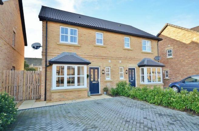3 bedroom semi detached house for sale in whins close for Modern homes workington