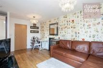 Flat to rent in Durant Street, London