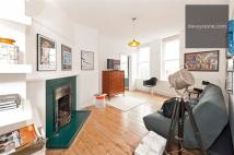 Swanfield Street Flat to rent