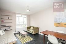 2 bed Flat in Ravenscroft Street...
