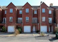4 bedroom Town House for sale in Fleming Walk...