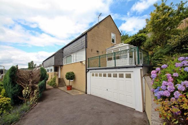 4 Bed Detached With