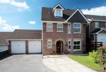 4 bedroom Detached house in Woodland View...