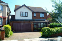 Crowstone Avenue Detached property to rent