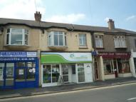 Studio flat to rent in High Street, Hadleigh...