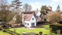 6 bed Detached house in Rectory Lane, Kingston...