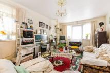 1 bedroom Maisonette for sale in Ainsley Close, Enfield...