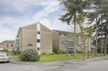 2 bed Flat for sale in Village Road...
